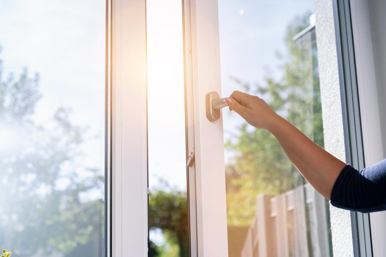 châssis de fenêtre en PVC